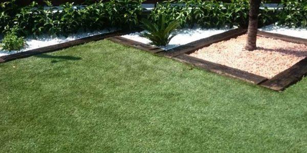 C sped artificial pedrastore for Jardines cesped artificial piedras